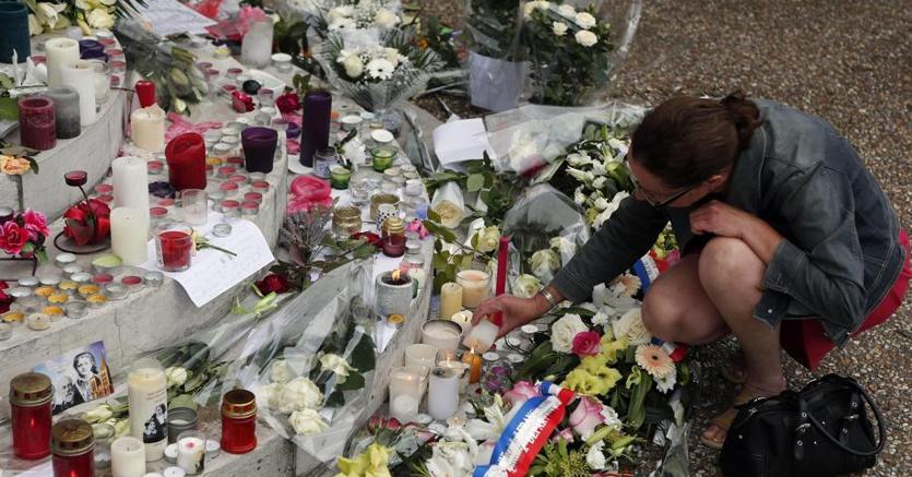 Francia: identificato il secondo attentatore